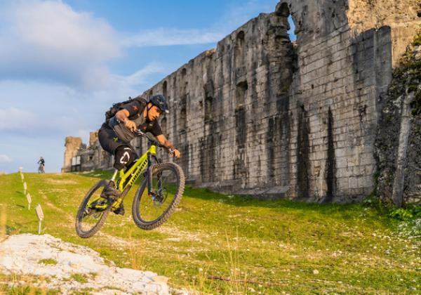 Bike Stories in ALPE CIMBRA tra adrenalina e panorami mozzafiato